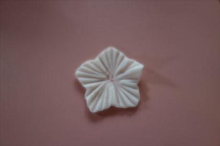 樹脂粘土の花の作り方