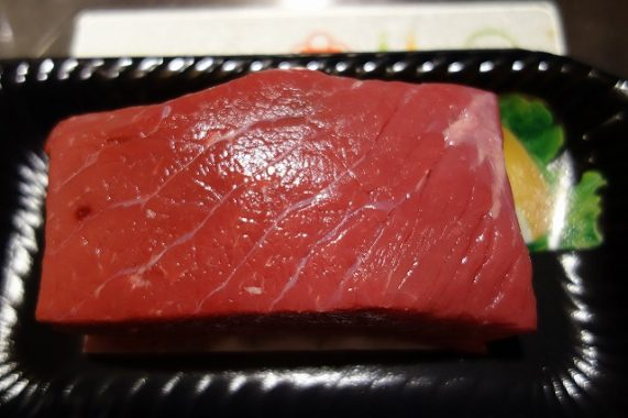ヨーグルトメーカーでローストビーフを作るための牛肉