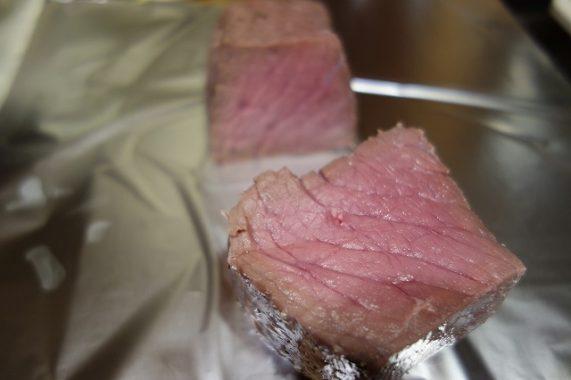 ヨーグルトメーカーでローストビーフを作った時の肉の様子